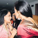 Is Rekha going to kiss or kill Jaya Bachchan ??