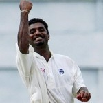 Murali Completes 700 Wickets, Eyes 1000 wickets