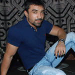 Ajaz Khan flirting with Elli and Gauhar