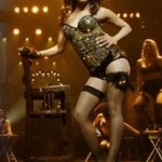 Priyanka's Cabaret Asalaam e Ishqum from Gunday [Video]